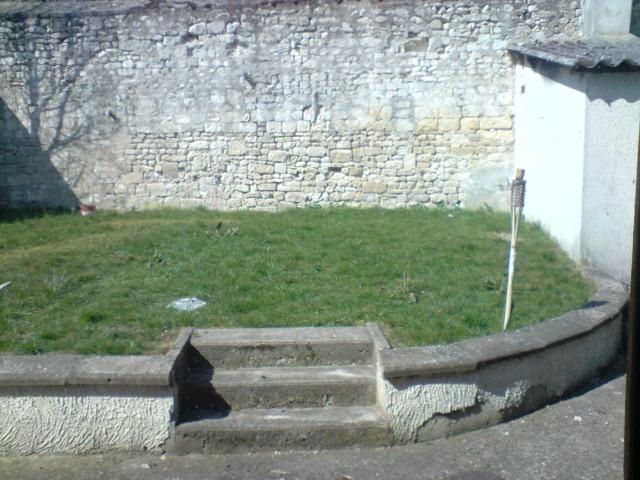 Côté mur du fond et chaufferie
